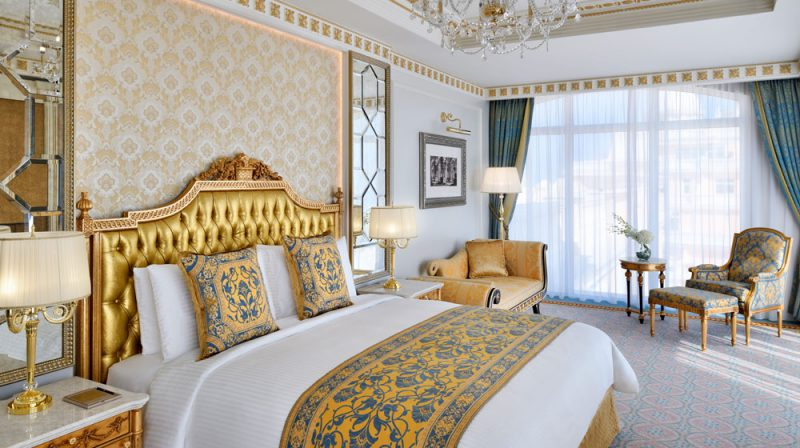 Perierga.gr - Ένα πολυτελές ξενοδοχείο... με χρυσό στη διακόσμησή του