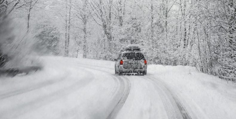 Perierga.gr - Τι να προσέχουμε όταν οδηγούμε με έντονα καιρικά φαινόμενα
