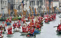 Perierga.gr - Ο εορτασμός των Χριστουγέννων σε όλο τον κόσμο μέσα από φωτογραφίες