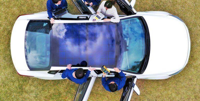Perierga.gr - Αυτοκίνητα με ηλεκτρικούς συλλέκτες στην οροφή από τη Hyundai και την Kia