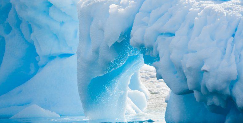 Perierga.gr - Η Ανταρκτική χάνει εξαπλάσιους πάγους κάθε χρόνο