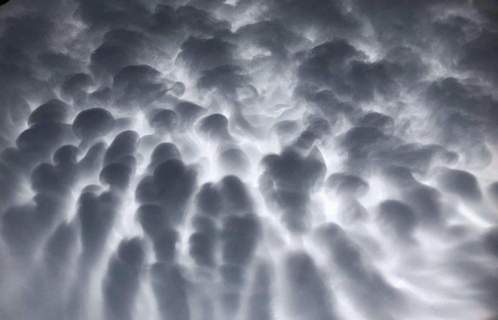 Αποτέλεσμα εικόνας για πινακες ζωγραφικης συννεφων