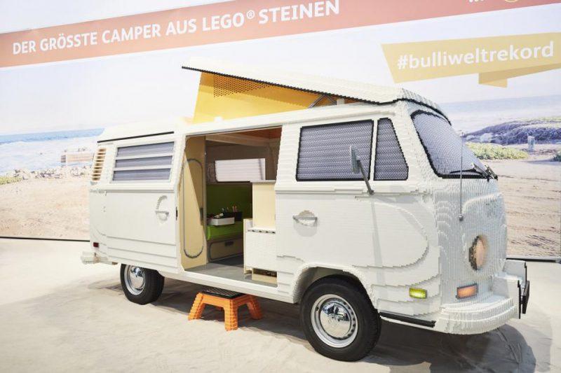 Perierga.gr - Όχημα φτιαγμένο από Lego!