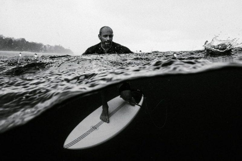 Perierga.gr - Ο διαγωνισμός φωτογραφίας της Nikon με θέμα το σερφ