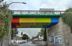 Perierga.gr - Γέφυρα που μοιάζει φτιαγμένη από Lego!