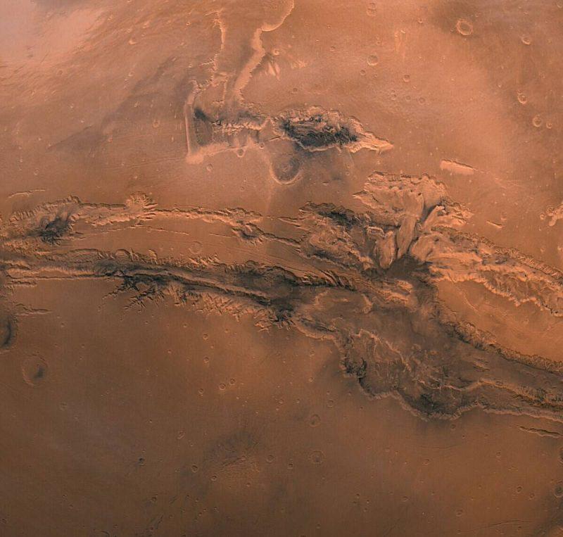 Perierga.gr - Το... Γκραντ Κάνιον του πλανήτη Άρη