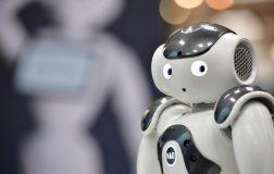 Perierga.gr - Νέο ρεκόρ το 2018 στις πωλήσεις βιομηχανικών ρομπότ παγκοσμίως