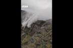 Perierga.gr - Το ποτάμι δεν γυρίζει πίσω - Ο καταρράκτης μπορεί!