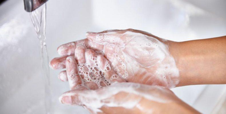 Perierga.gr - Υπάρχει σωστός και λάθος τρόπος να πλένουμε τα χέρια μας;