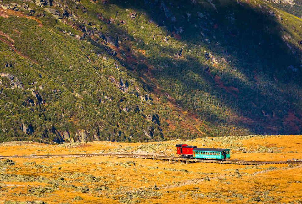 Διαδρομές με τρένο που κόβουν την ανάσα!