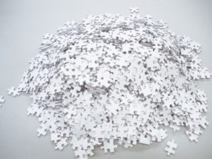 Perierga.gr - Παζλ με 2.000 άσπρα κομμάτια για δυνατούς λύτες!