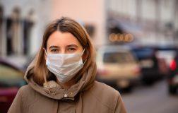 Perierga.gr - Πώς να φτιάξετε μόνοι σας μάσκα στο σπίτι σε 40 δευτερόλεπτα