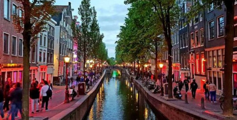 Timelapse βίντεο για το Άμεστερνταμ που χρειάστηκε δυο χρόνια να ολοκληρωθεί