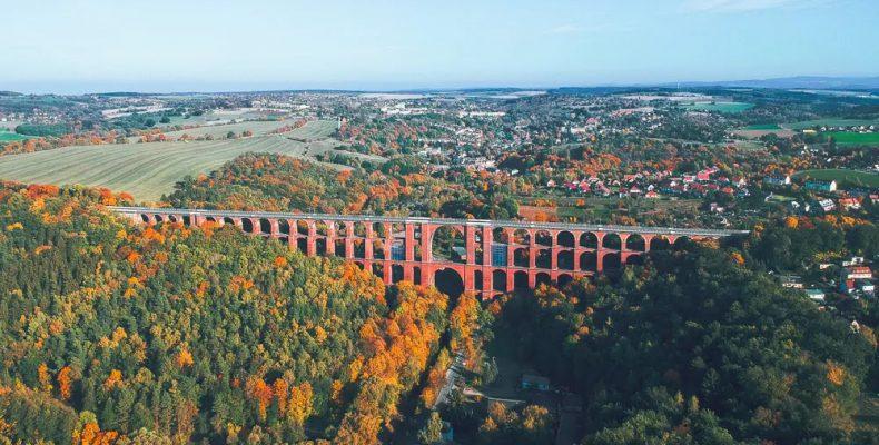 Perierga.gr - Η μεγαλύτερη γέφυρα από τούβλα στον κόσμο