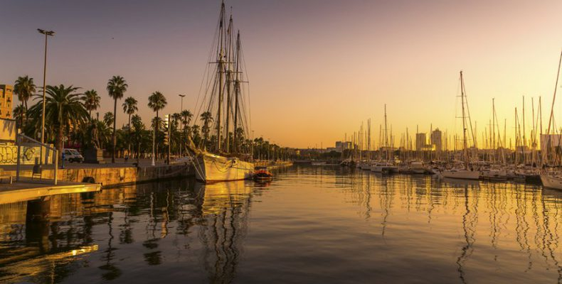 Perierga.gr - 7 ονειρικές φωτογραφίες μας ταξιδεύουν στη Βαρκελώνη