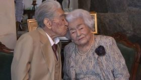 Perierga.gr - Το γηραιότερο ζευγάρι του κόσμου μπήκε στο ρεκόρ Γκίνες!