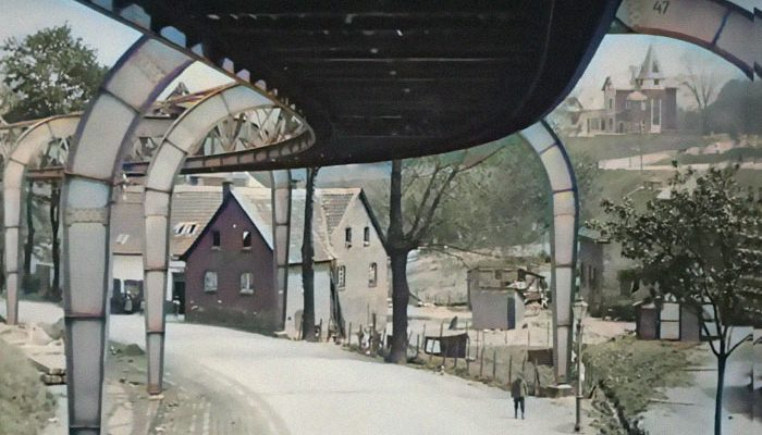 Perierga.gr - Ταξίδι στη Γερμανία του 1902 μέσα από το εναέριο τρένο του Βούπερταλ